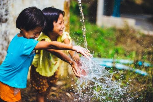 happy kids water